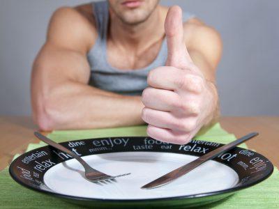Gli errori da evitare a tavola tra dieta e allenamento